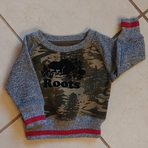 2/$30 Authentic Roots Canada beaver camo sweater